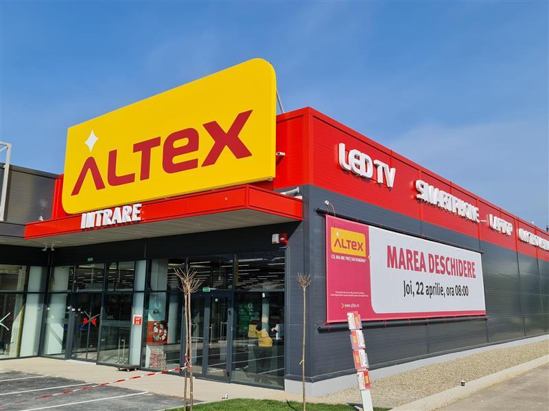 Altex deschide șase magazine noi, lansează aplicația pentru telefon și un marketplace