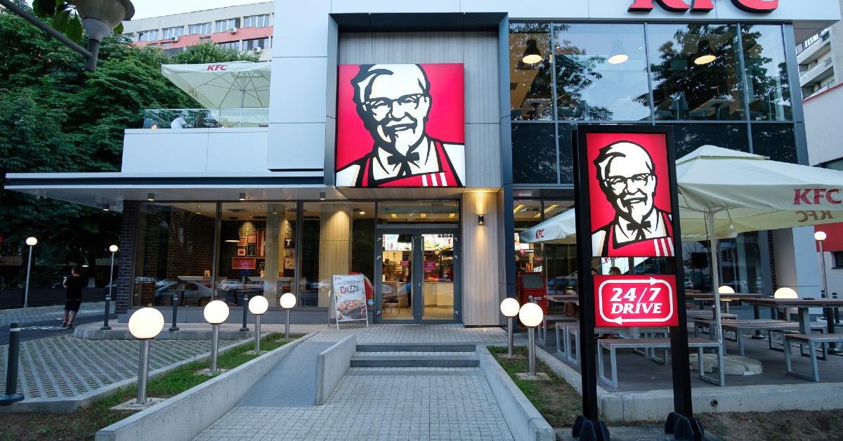 KFC deschide un nou restaurant în Balotești, județul Ilfov, ajungând la o rețea de 90 de magazine la nivel național