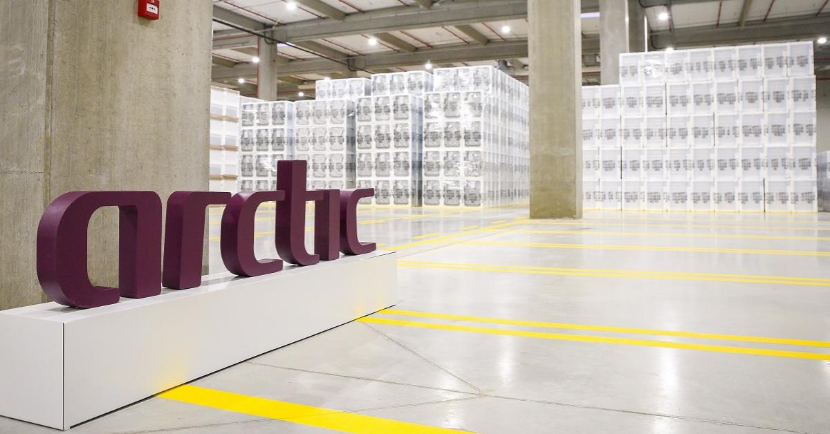 Arctic donează electrocasnice în valoare de 1,4 milioane de lei pentru spitalele din România