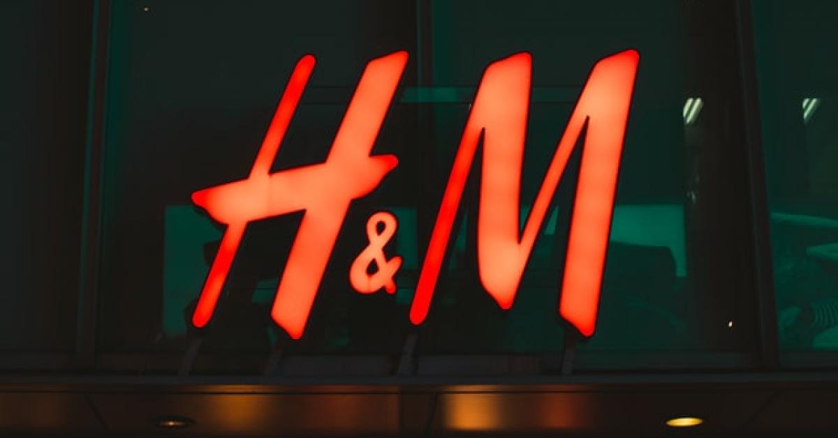 H&M va închide 170 de magazine anul acesta, pe fondul crizei sanitare COVID-19