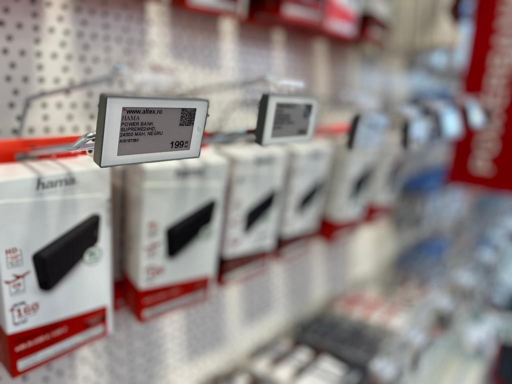 Altex a investit cinci milioane de euro în introducerea etichetelor electronice